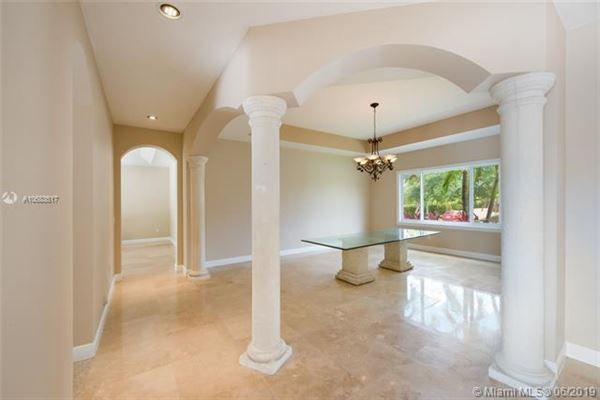 Luxury real estate beautiful Palmetto Bay two-story house
