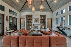 Magnificent Custom Home luxury properties