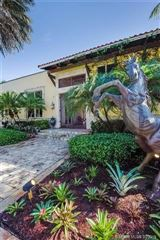 private Spanish style estate located in Southwest Ranches mansions