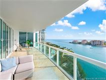 Luxury properties Flow-through condo at Murano at Portofino