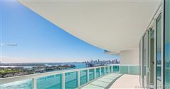Flow-through condo at Murano at Portofino luxury properties