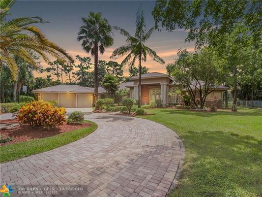 Parkland Luxury Homes and Parkland Luxury Real Estate
