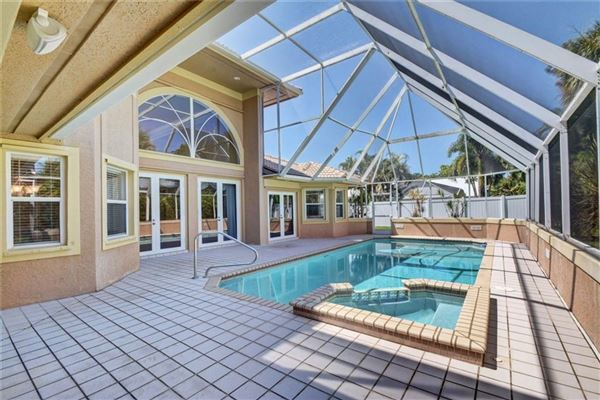 Luxury real estate amazing home in prestigious Sewalls Point