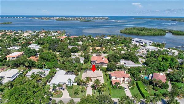 amazing home in prestigious Sewalls Point luxury homes
