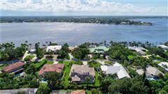 Mansions amazing home in prestigious Sewalls Point