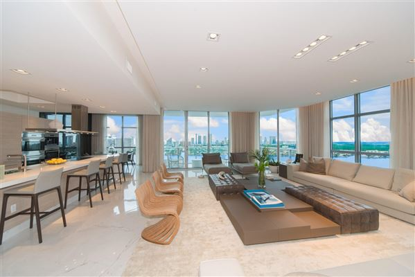 upgraded corner penthouse with panoramic views luxury real estate