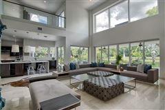 spectacular completely renovated contemporary residece luxury homes