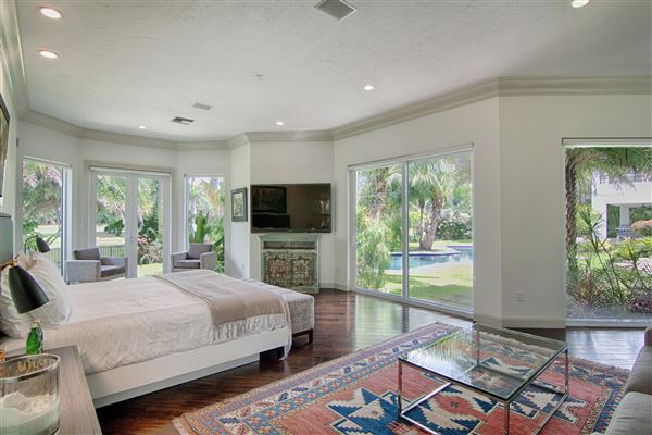 Mansions spectacular completely renovated contemporary residece