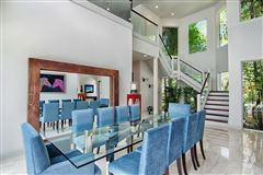 spectacular completely renovated contemporary residece luxury real estate