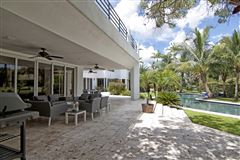 Mansions in spectacular completely renovated contemporary residece