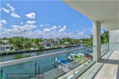 Mansions in monumental new Acqua Marina townhouse