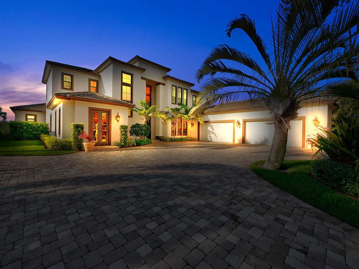 Beautiful Riverfront Home In The Heart Of Jupiter mansions
