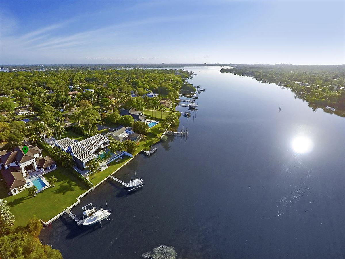 Beautiful Riverfront Home In The Heart Of Jupiter luxury homes