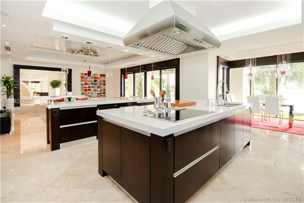 luxury contemporary home luxury real estate
