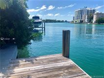 Mansions in desirable waterfront residential lot