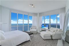 beautiful unit with direct ocean wraparound balcony luxury homes