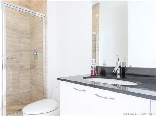 beautiful unit with direct ocean wraparound balcony luxury properties