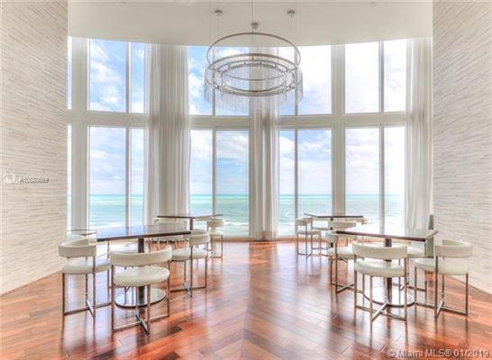 Luxury properties beautiful unit with direct ocean wraparound balcony
