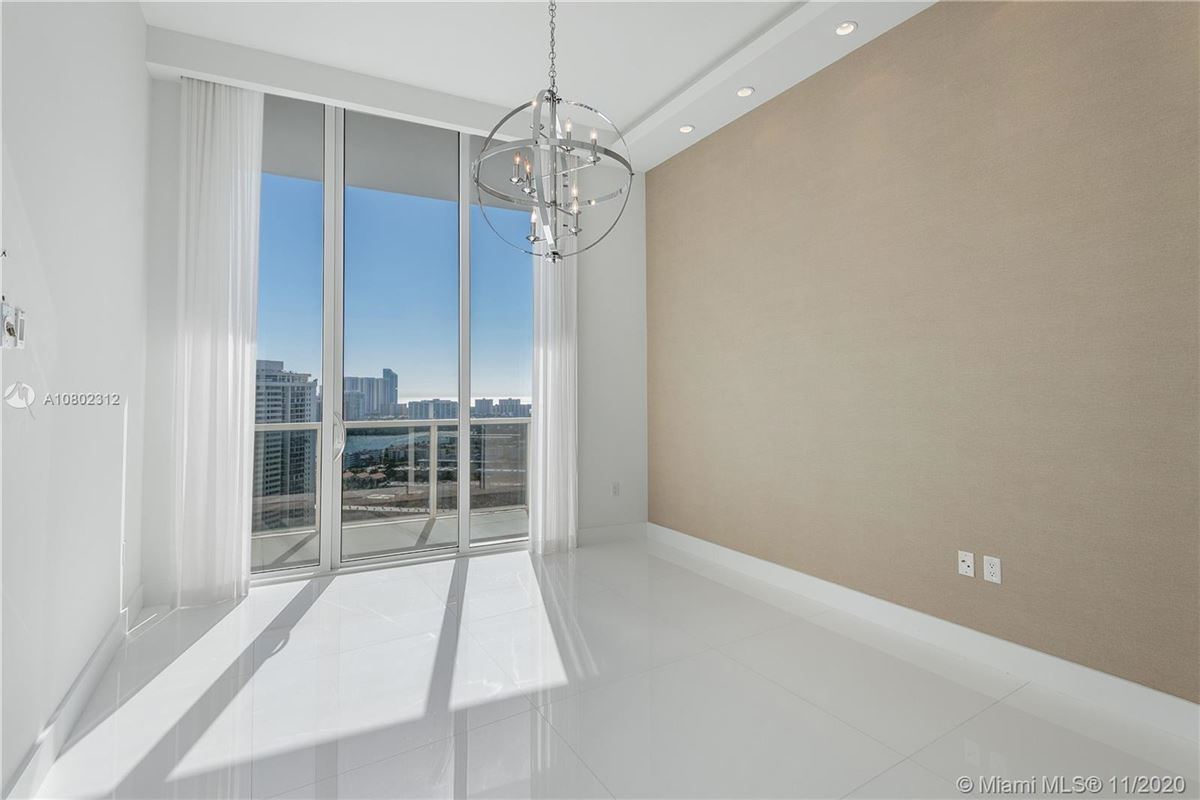 Mansions the most spectacular views Miami has to offer