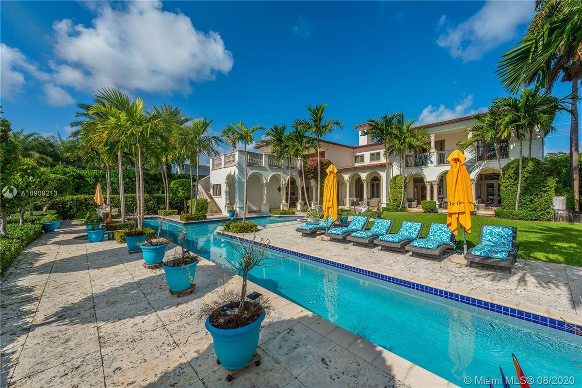 Luxury properties truly special waterfront Mediterranean Estate