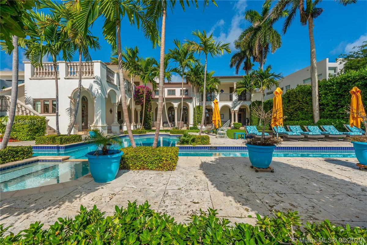 Luxury homes in truly special waterfront Mediterranean Estate