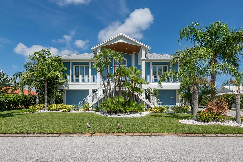 Exquisite Custom Built Home in Gulf Harbors mansions