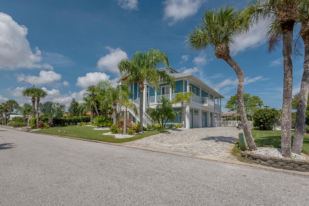 Exquisite Custom Built Home in Gulf Harbors luxury homes