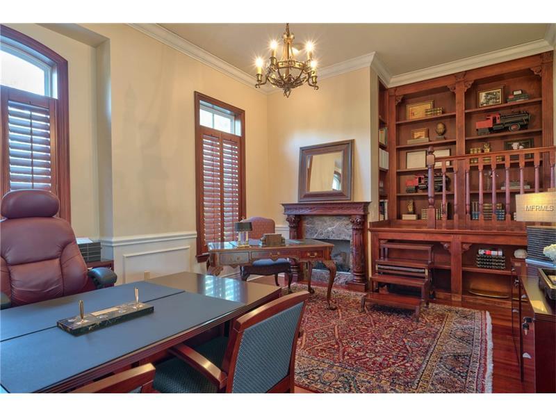 Exquisite Luxury Estate in exclusive Stillwater mansions