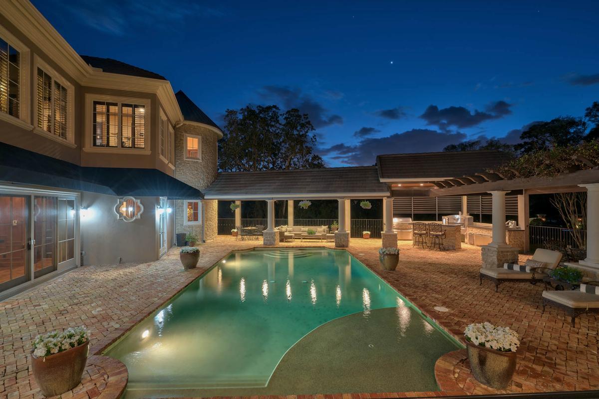 Luxury homes Exquisite Luxury Estate in exclusive Stillwater