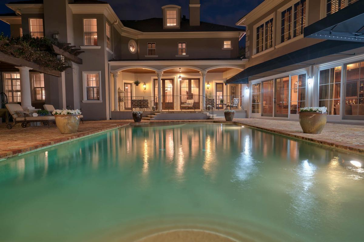 Exquisite Luxury Estate in exclusive Stillwater luxury real estate