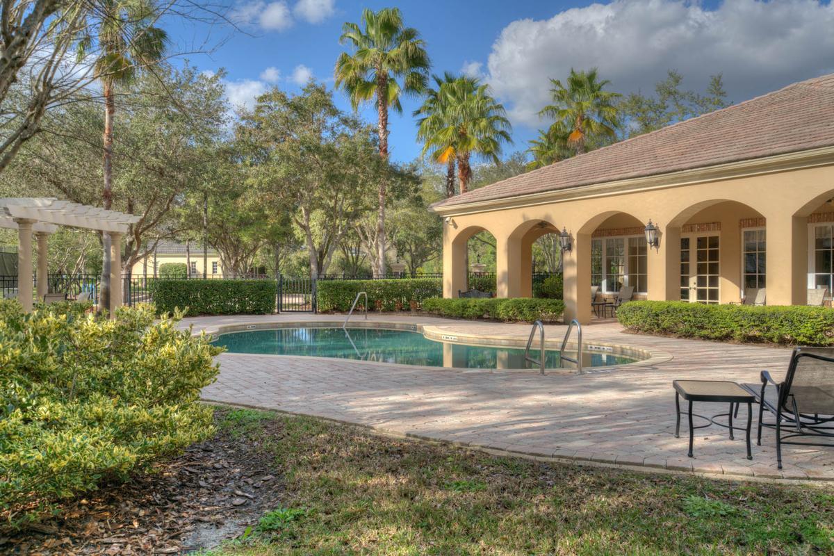 Mansions Exquisite Luxury Estate in exclusive Stillwater