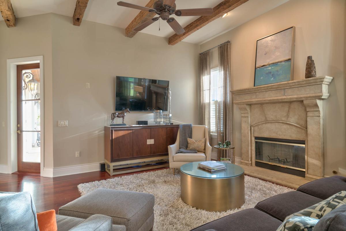 Luxury properties Exquisite Luxury Estate in exclusive Stillwater
