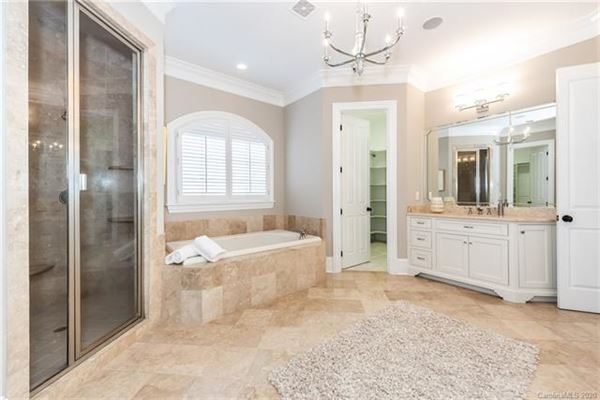Luxury homes gracious custom home in myers park
