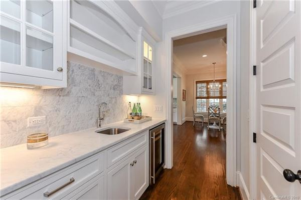 Luxury properties this exquisite home is in the heart of myers park