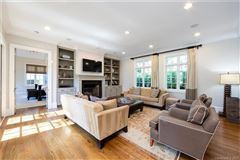 luxury and sophisticated Living In Eastover luxury homes