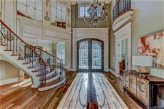 Luxury homes 10,000 Square feet of beauty