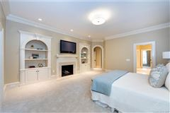 Welcome home to the heart of Southpark luxury homes