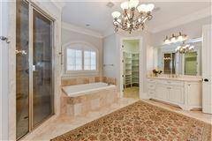 Mansions Gracious, Simonini custom-built home