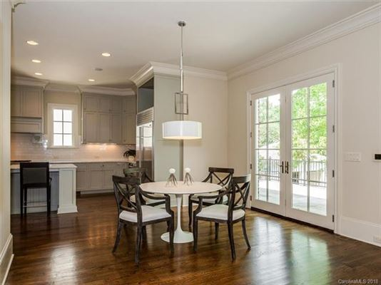 move-in ready home in convenient location mansions