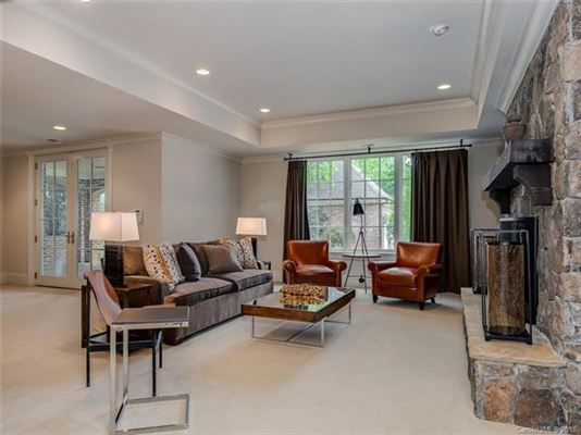 Luxury homes in move-in ready home in convenient location