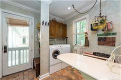 Luxury homes in family retreat in an idyllic setting