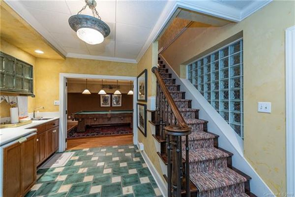 Luxury properties family retreat in an idyllic setting