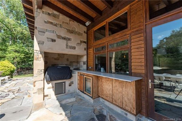 family retreat in an idyllic setting luxury real estate