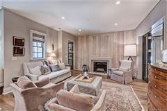 Exquisite first floor end unit  mansions
