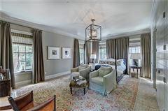 Luxury properties Exquisite first floor end unit