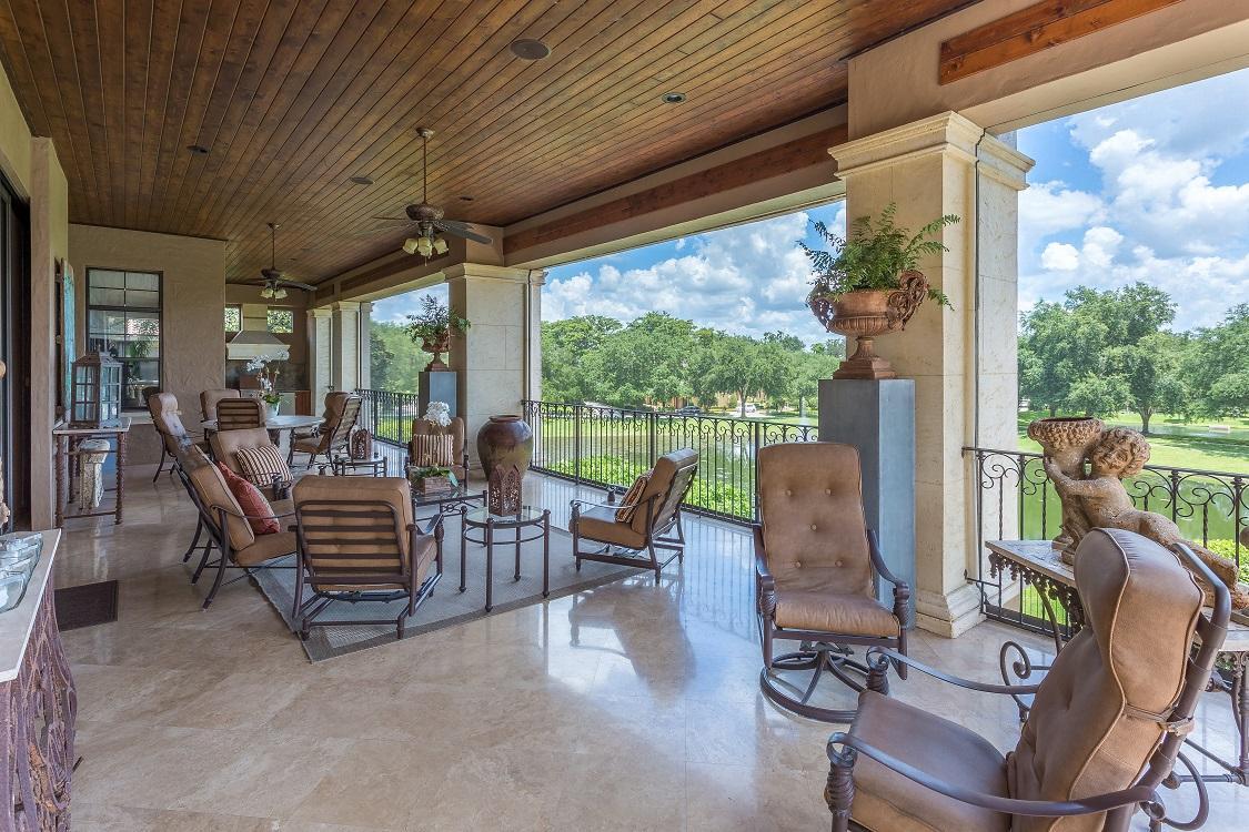 Luxury homes Custom Windsong Estate