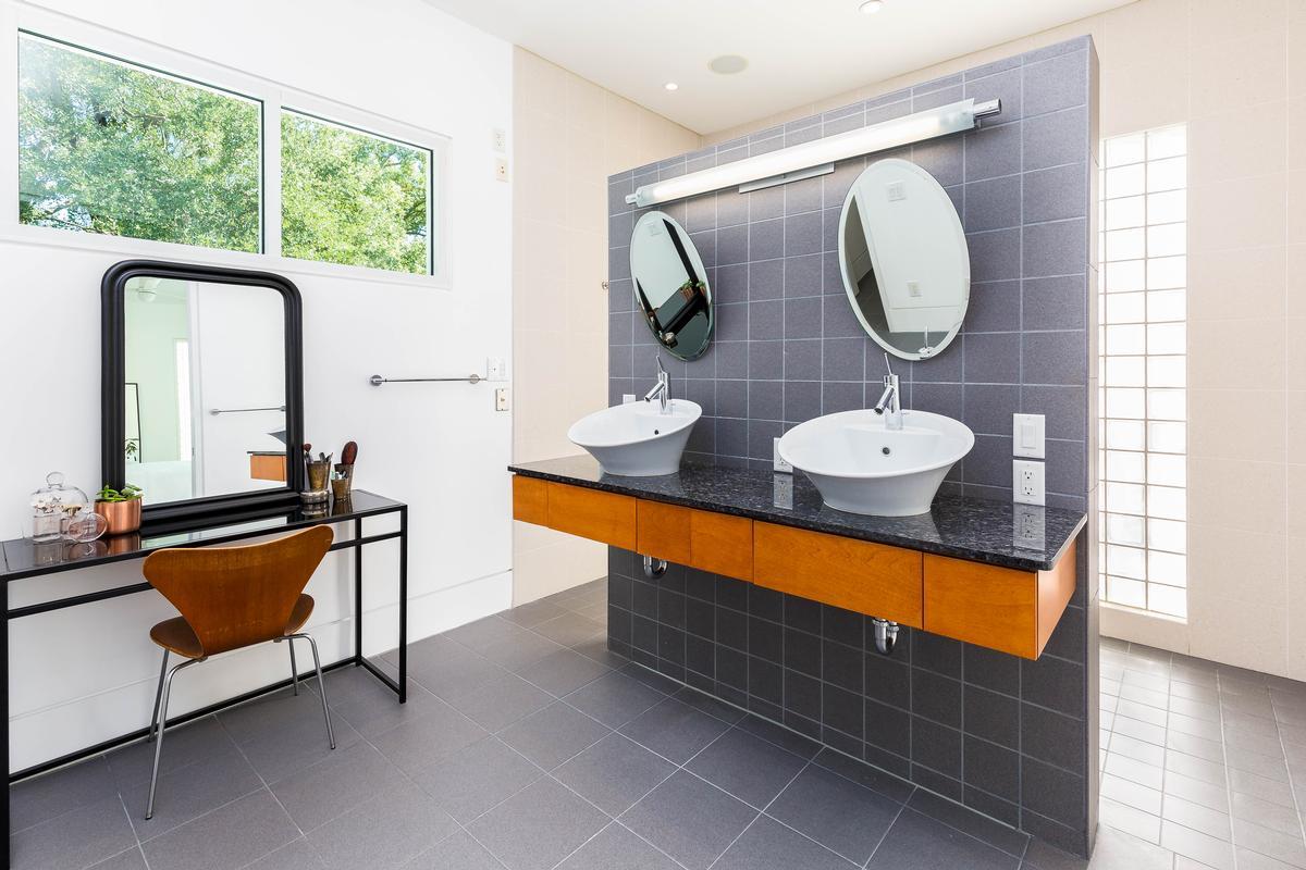 Luxury real estate Classic Modern