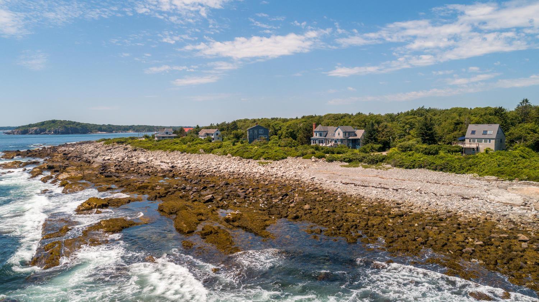 Luxury homes 354 Seashore