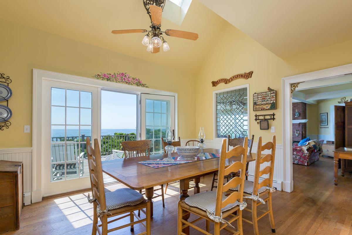 354 Seashore luxury homes