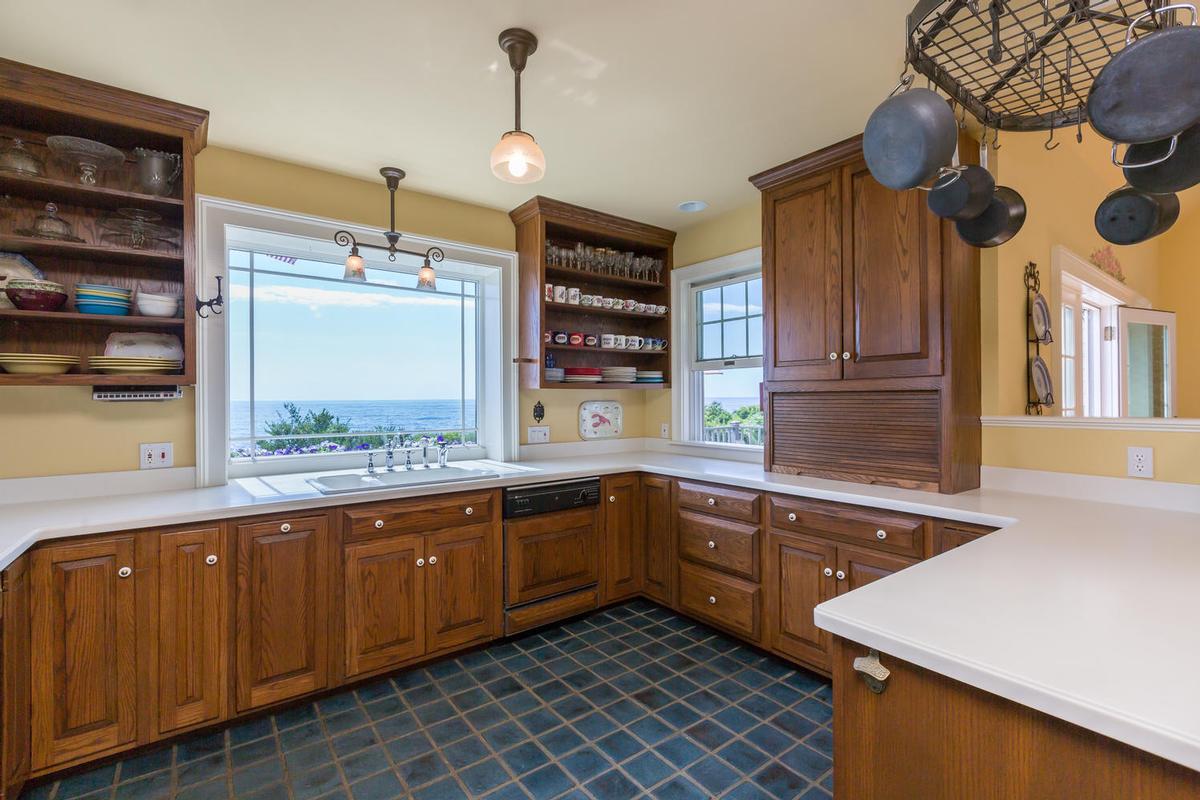 354 Seashore luxury real estate